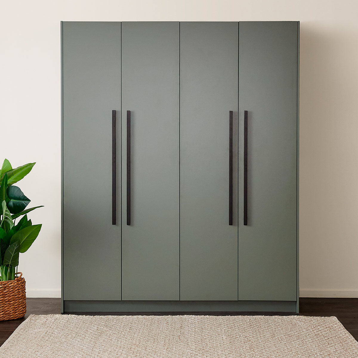 Luxury hinged wardrobe